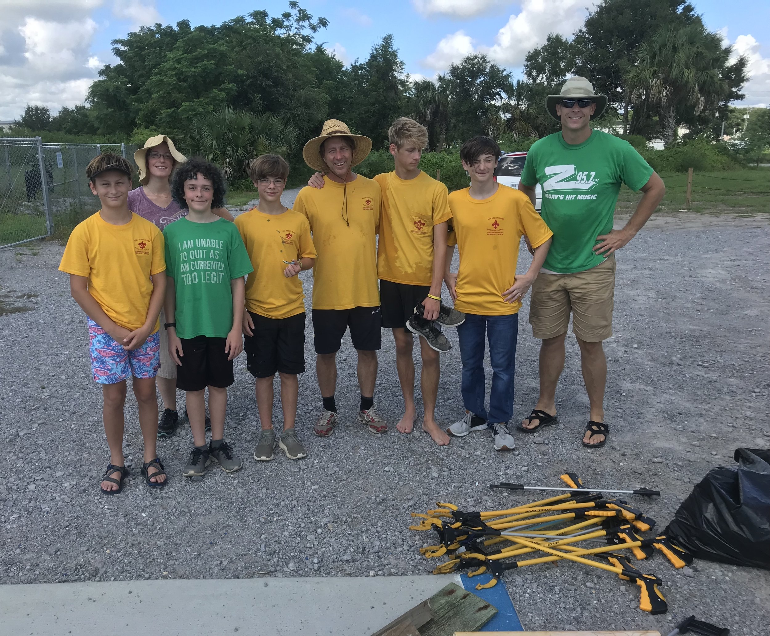 - Members of Scout Troop 3 from Cokesbury United Methodist Church helped 33 volunteers pick up 116 lbs at Bruce Beach. Note; for the first time in months I didn't pick up a single tooth flosser!A further 95 lbs was picked up 23 volunteers at Sanders Beach
