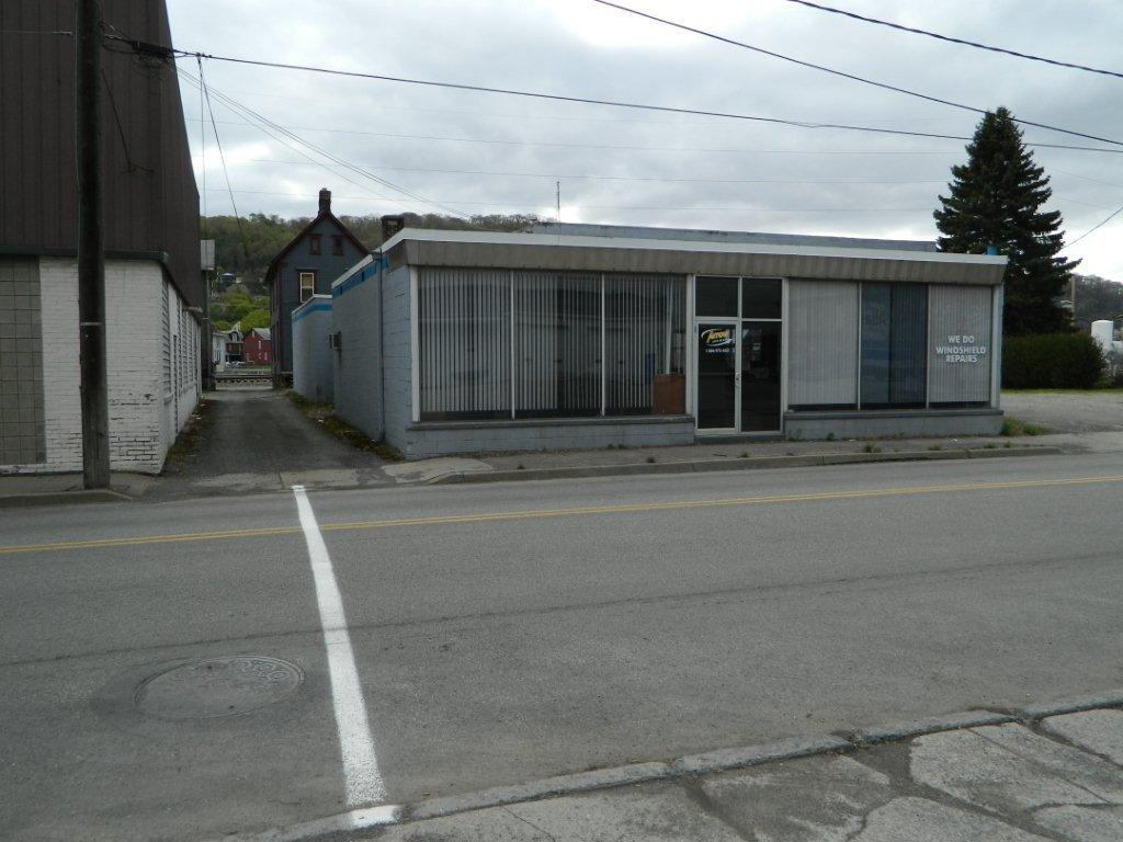 116 Horner Street Johnstown 15902 - List Price $119,000 SOLD - NOW OPENED NAPA AUTO PARTS