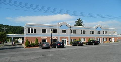 Park Place Professional Building 425 Park Place Windber, Pa 15963 Lease Rate$800 per MonthPlus Utilities