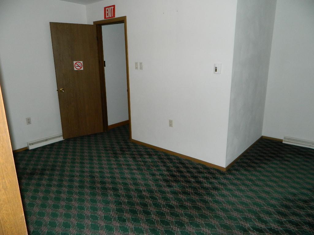 Interior of 554 Goucher Street (1).JPG