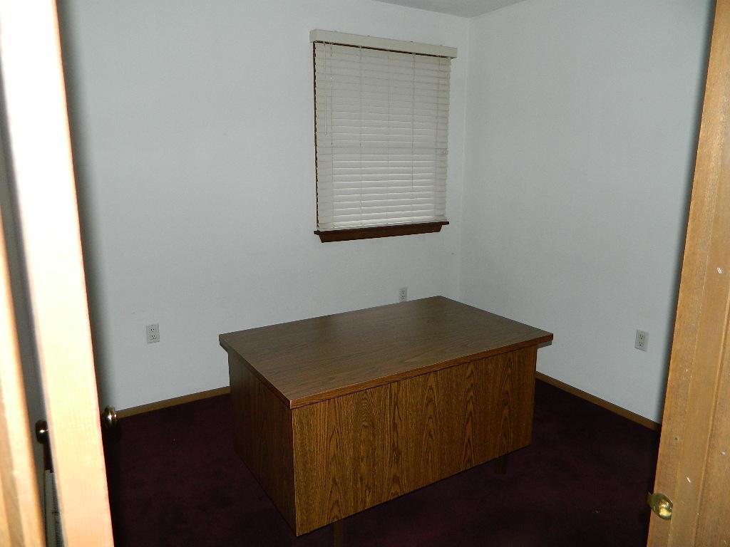 Interior of 554 Goucher Street (4).JPG