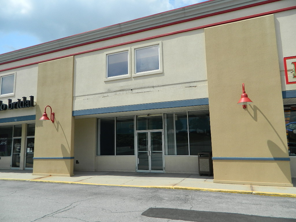 214 College Park Plaza, Richland Township - Suite 108 - Johnstown PA 15904 - $3,100 Per Month + Utilities - LEASED