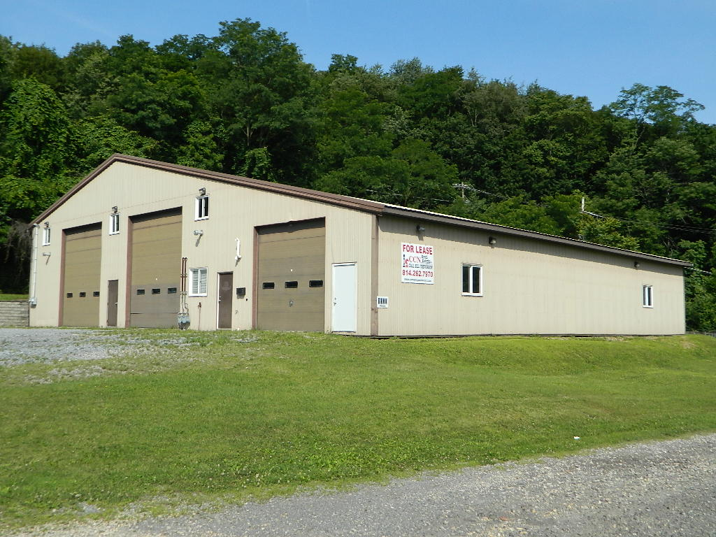1500 Bedford St, Johnstown PA 15902 - For Lease $1,200 per month + Utilities