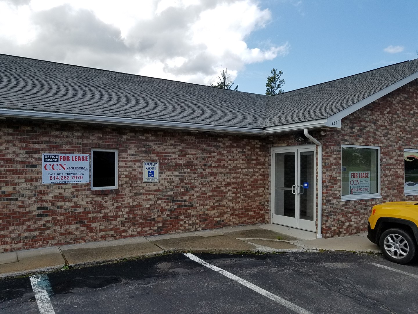 437 S Center Ave. Ebensburg 15931 - RECENTLY RENOVATED! - For Lease $1,170 + Electric