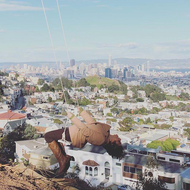 Good morning SF! #swingbombsf 📷: @shynation . . . #stretch #swing #sanfrancisco