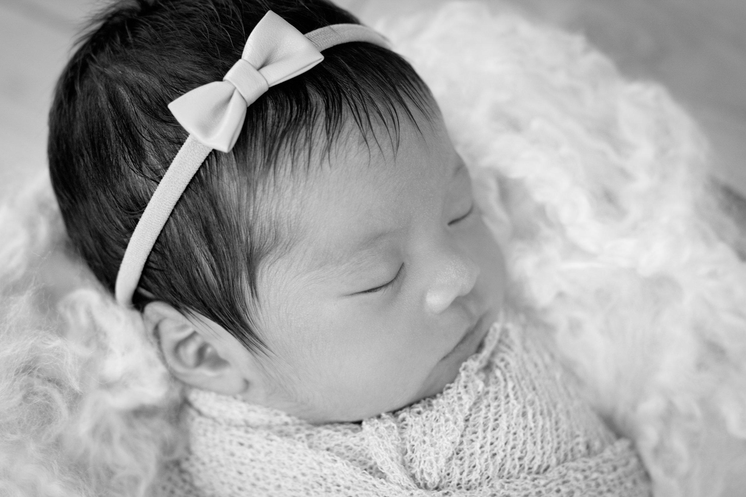 M {Newborn}-21.jpg