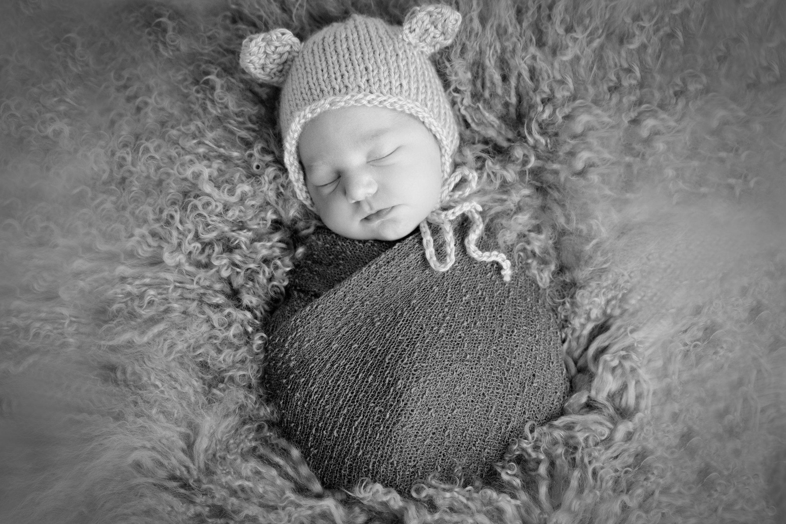 R {Newborn}-72.jpg