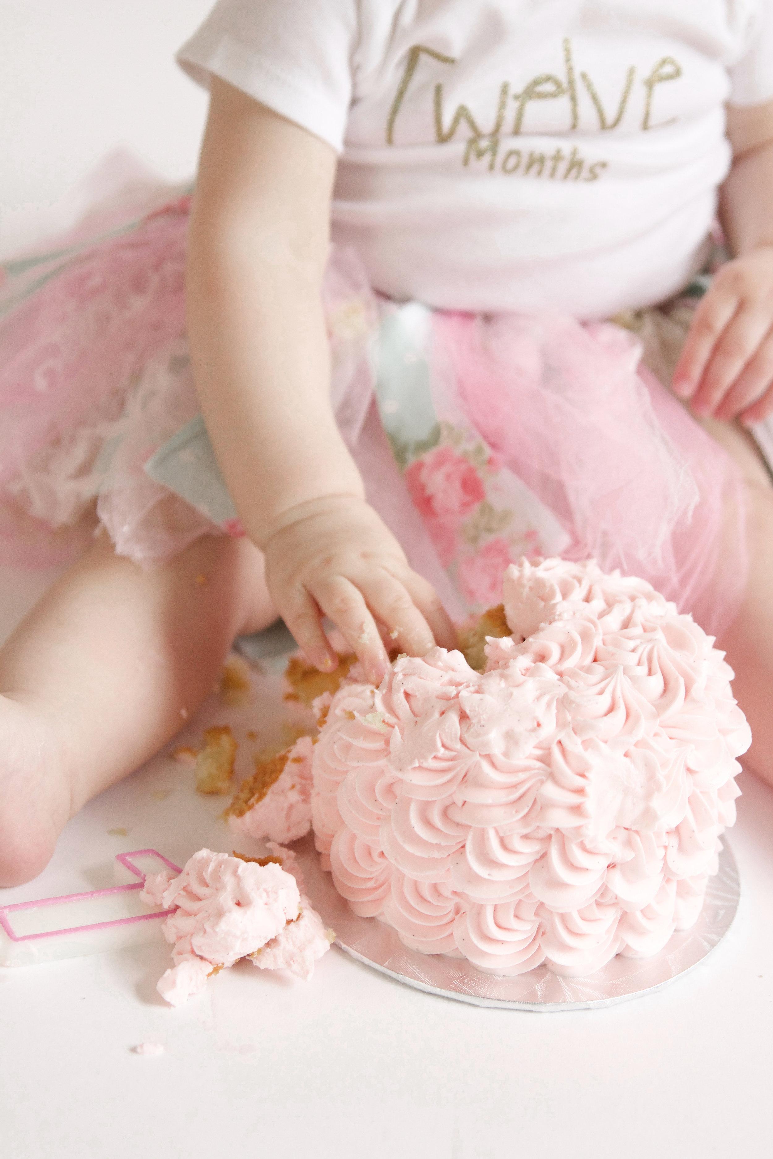 E {Cake Smash}-57.jpg