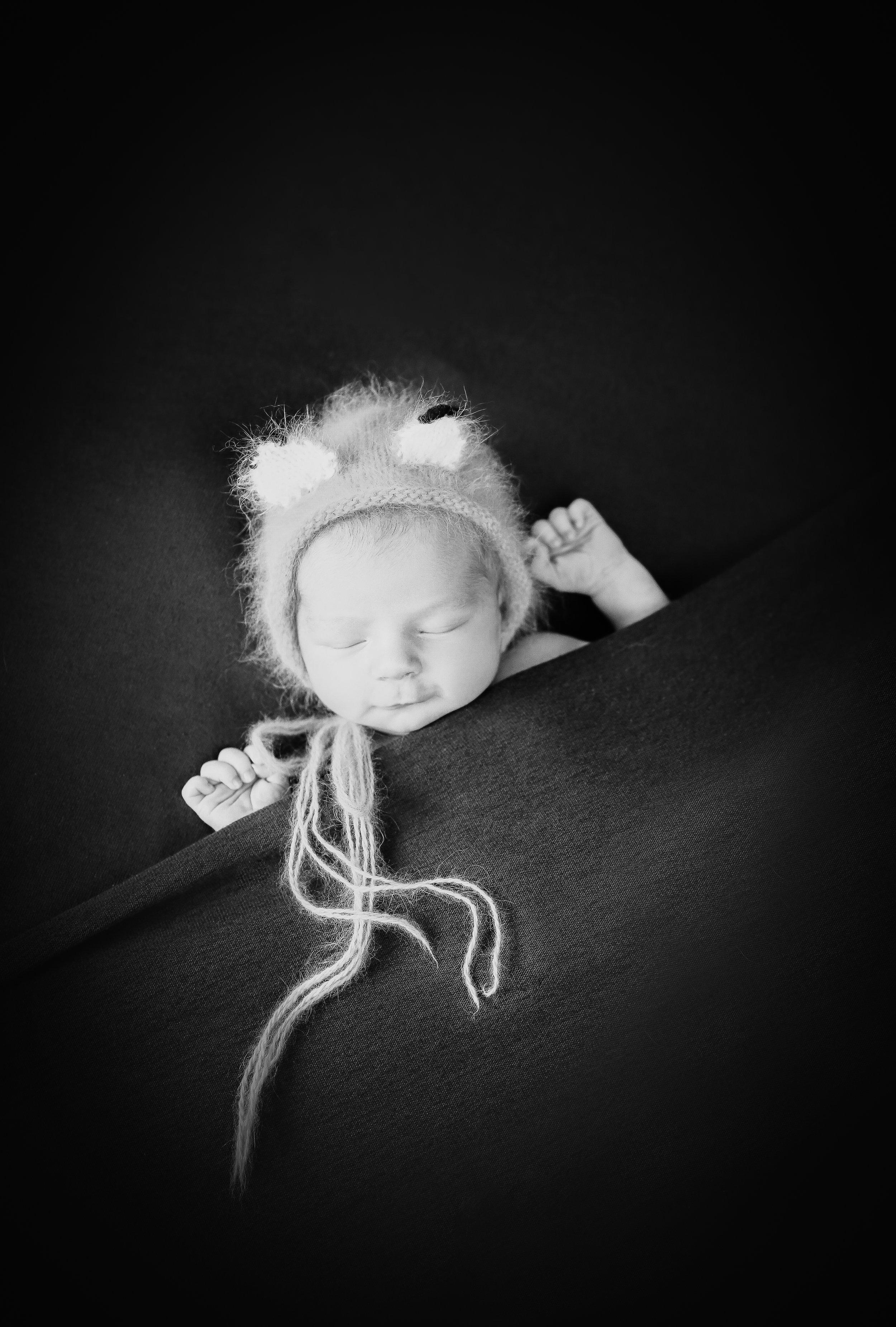 G {Newborn!}-148.jpg