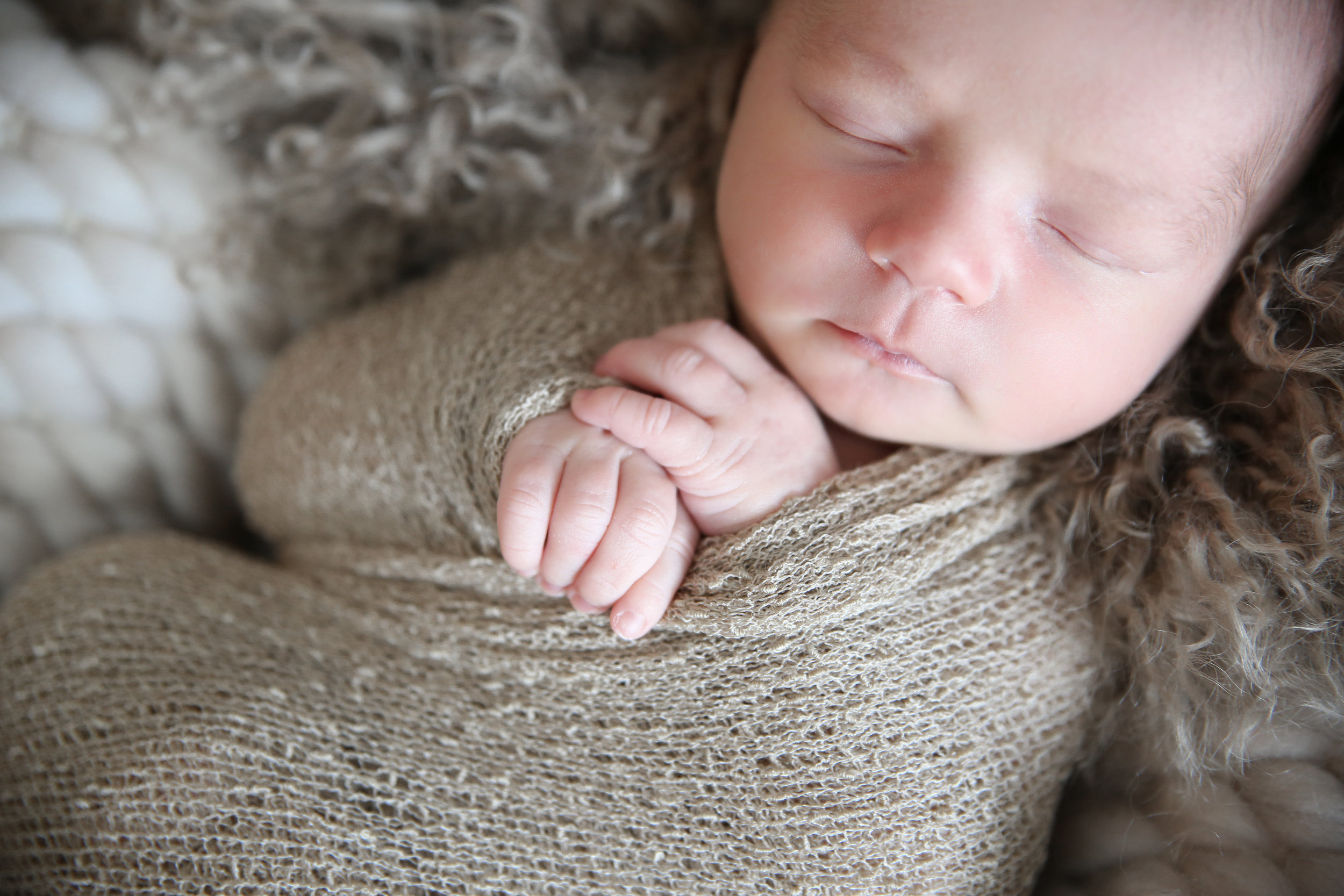 G {Newborn!}-5.jpg
