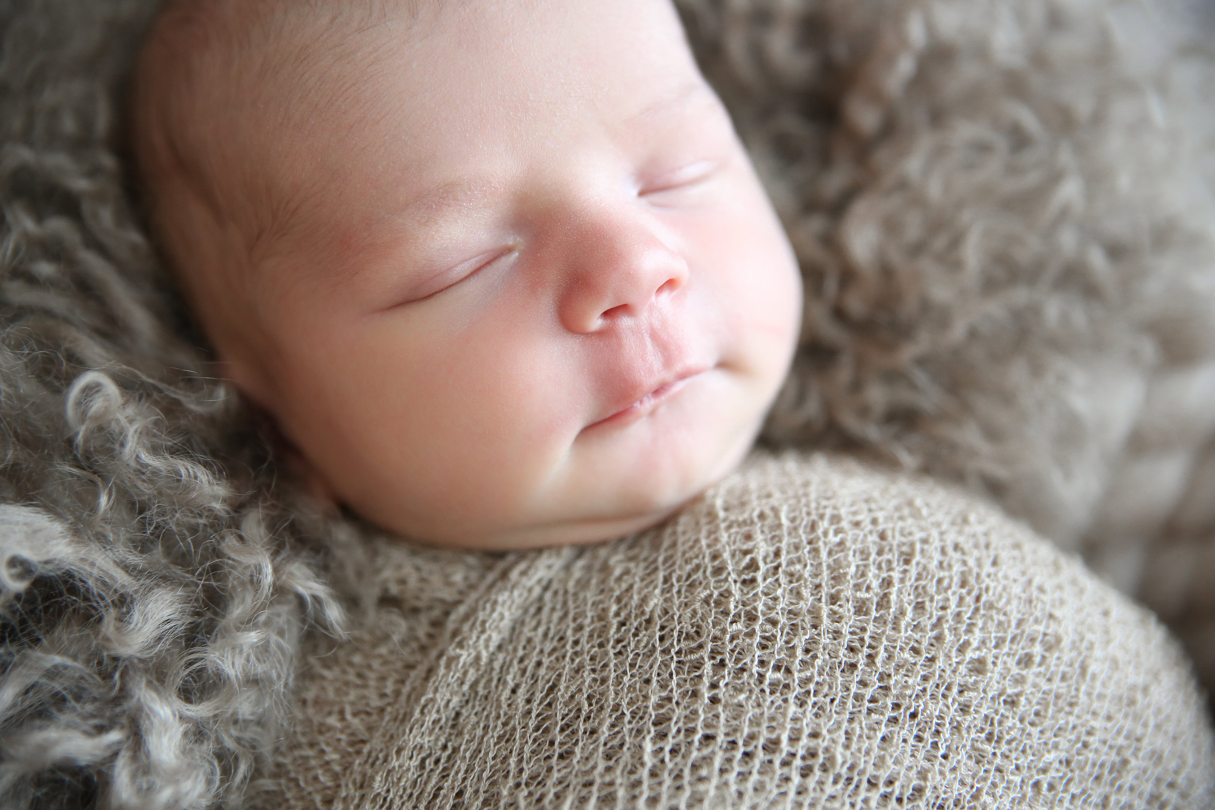 G {Newborn!}-3.jpg