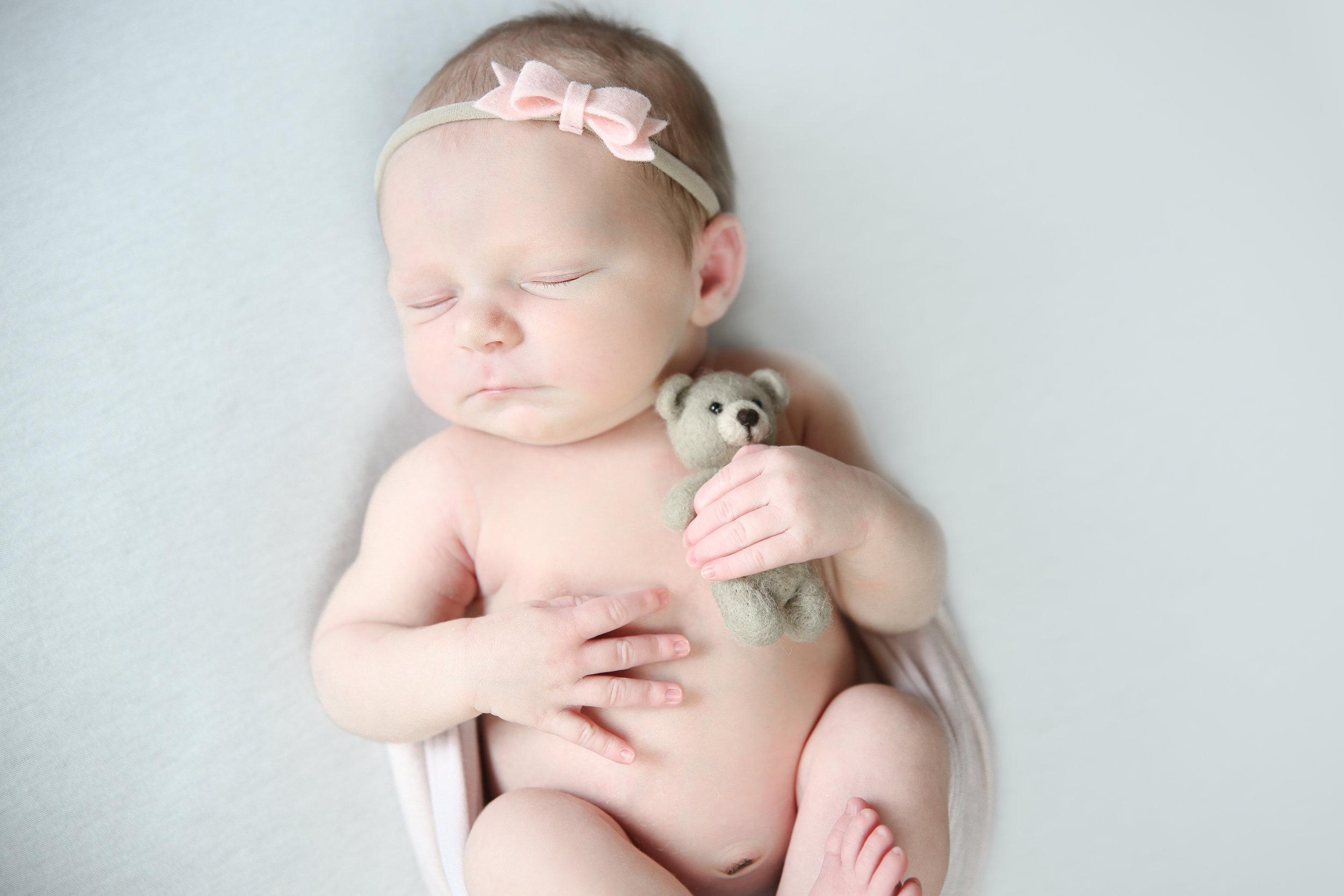 A {Newborn!}-73.jpg
