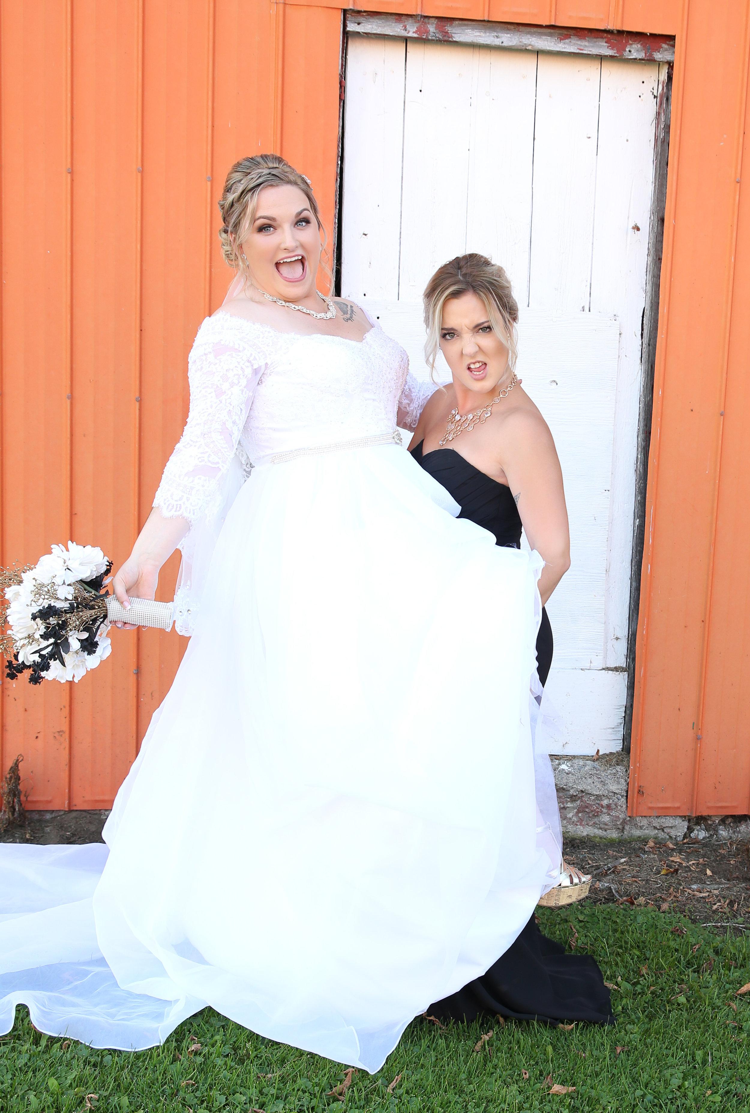 {WeddingParty}-115.jpg