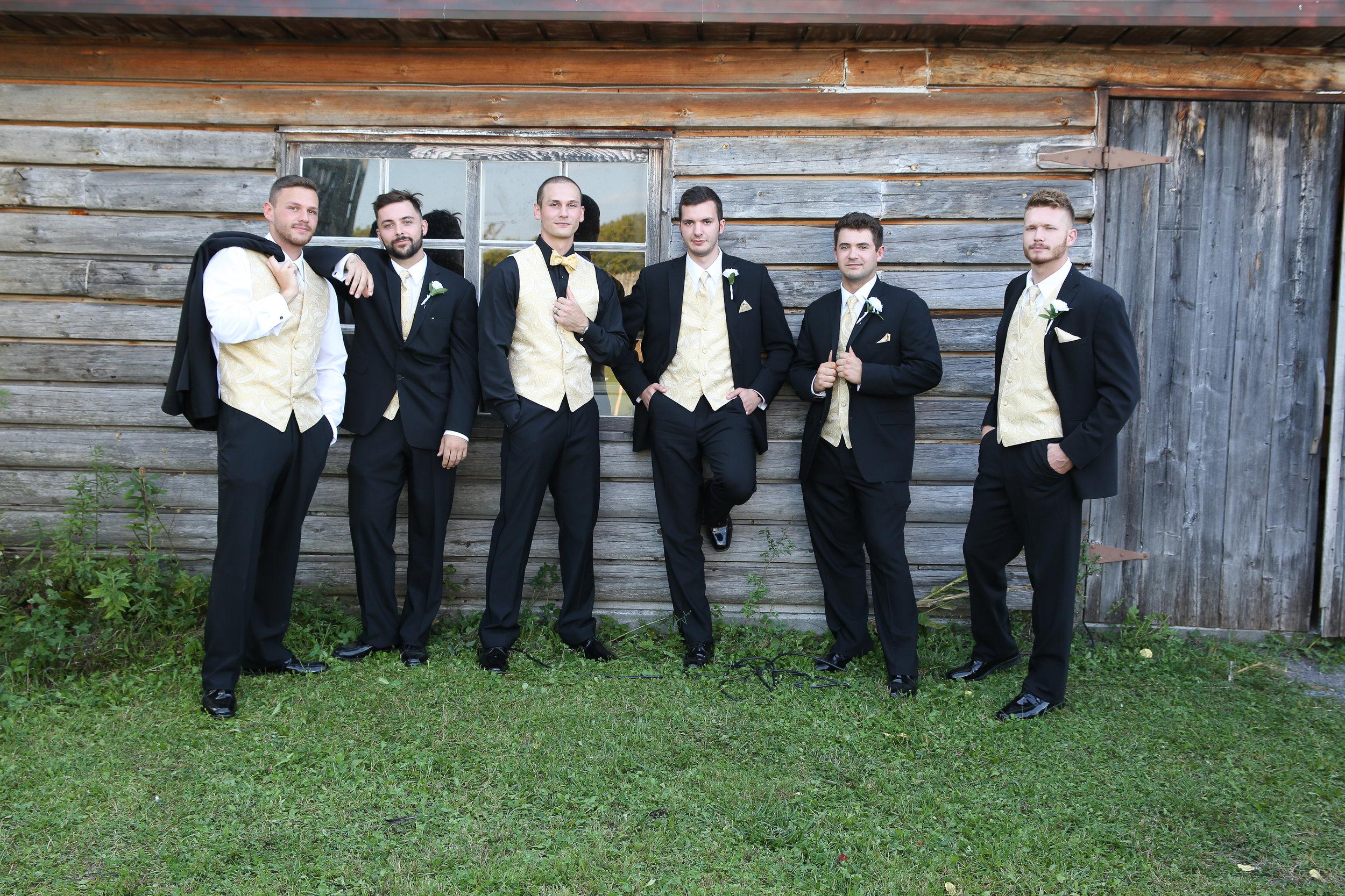 {WeddingParty}-61.jpg