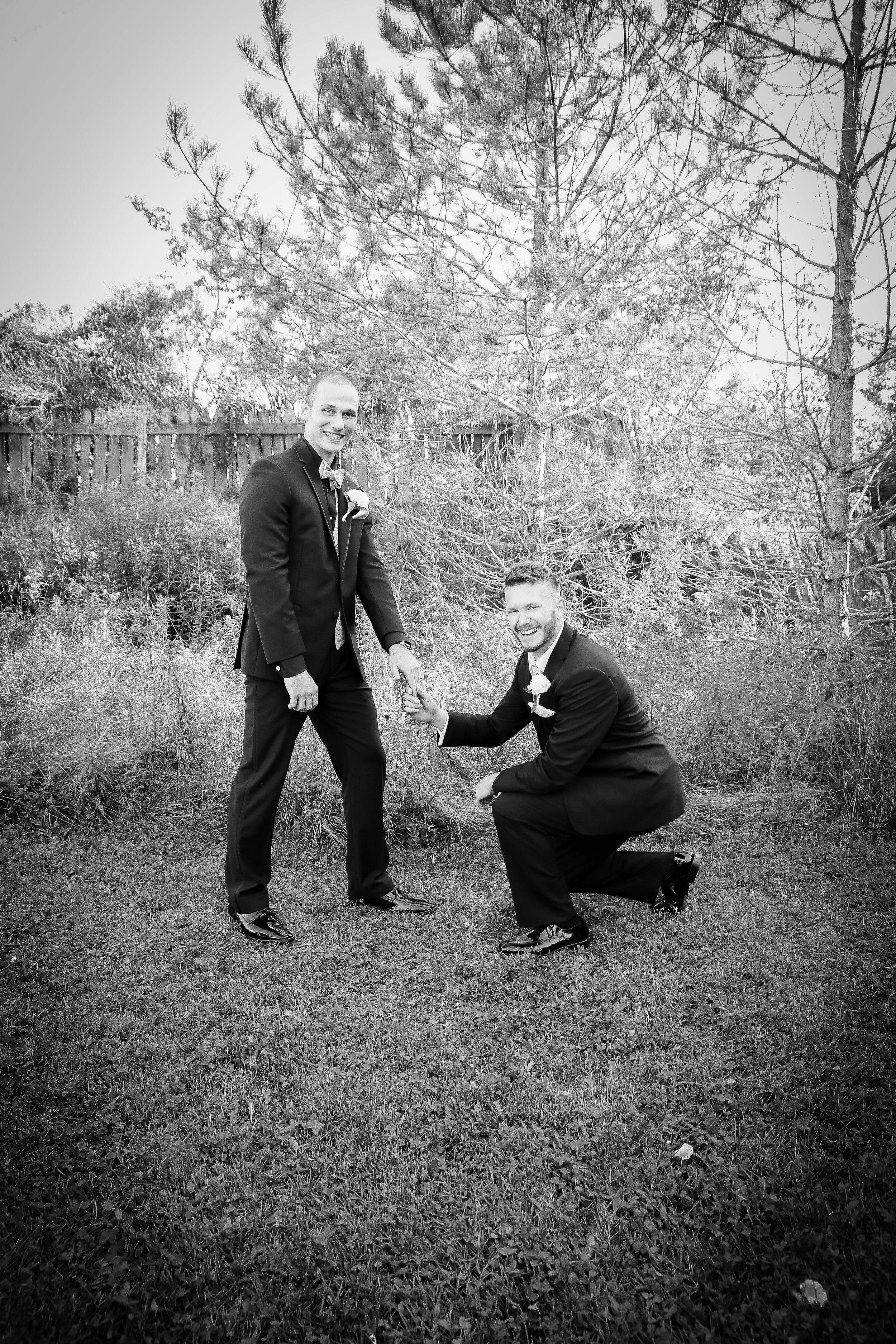 {WeddingParty}-58.jpg