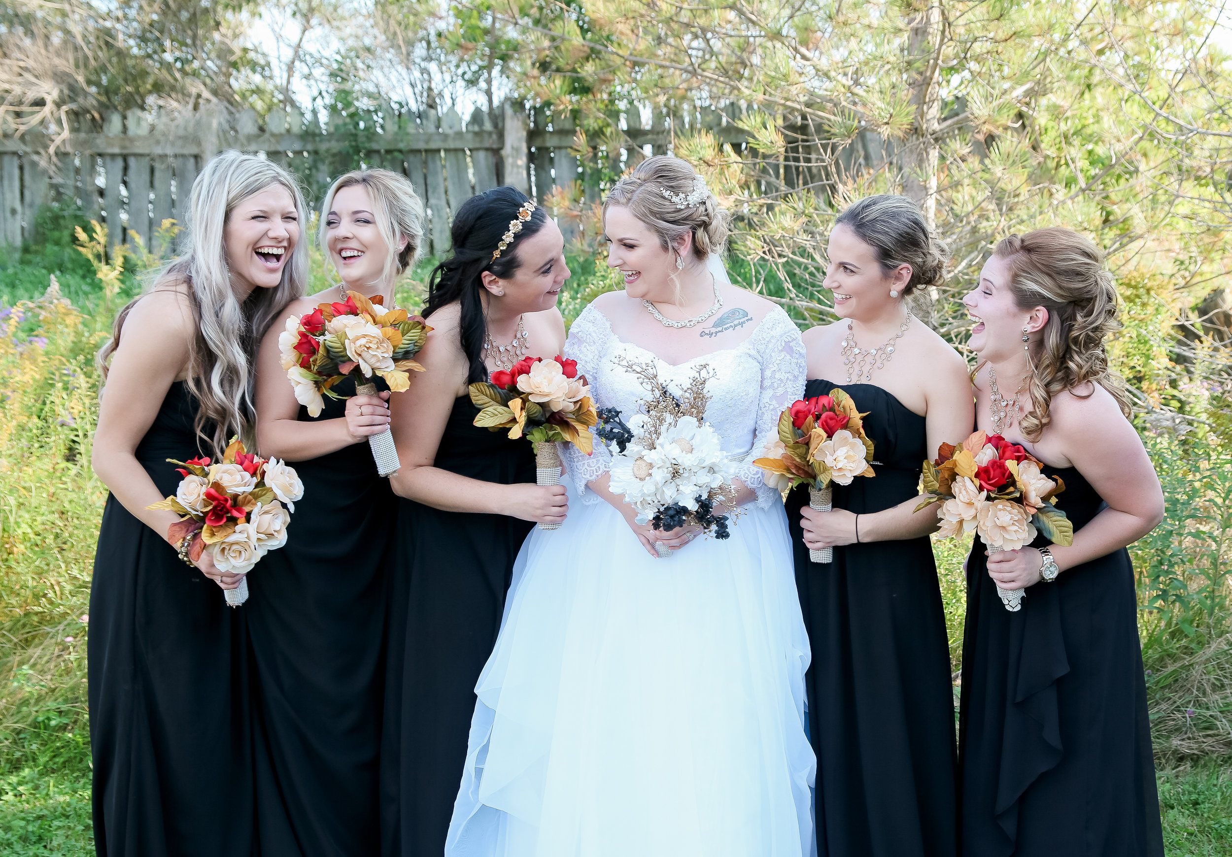 {WeddingParty}-7.jpg