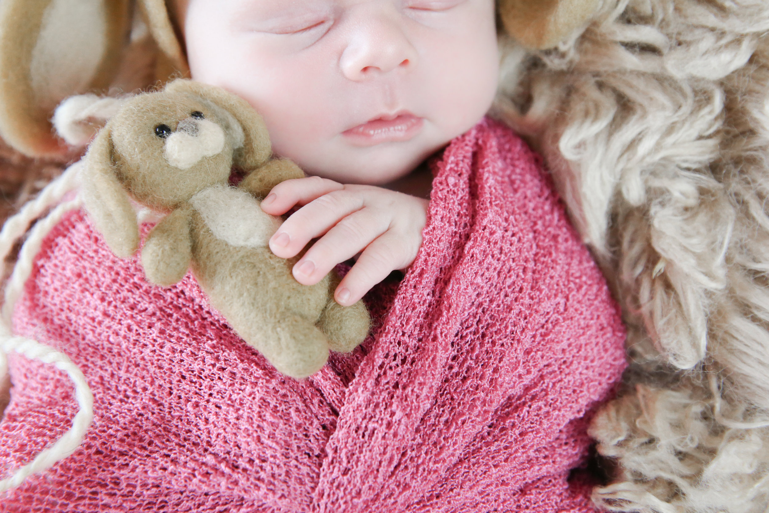 Annabelle {Newborn!}-37.jpg