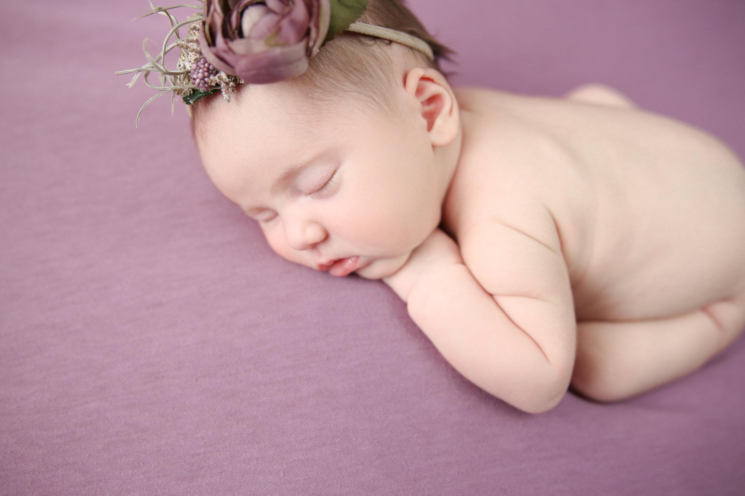 Delia Rose {Newborn!}-49.jpg