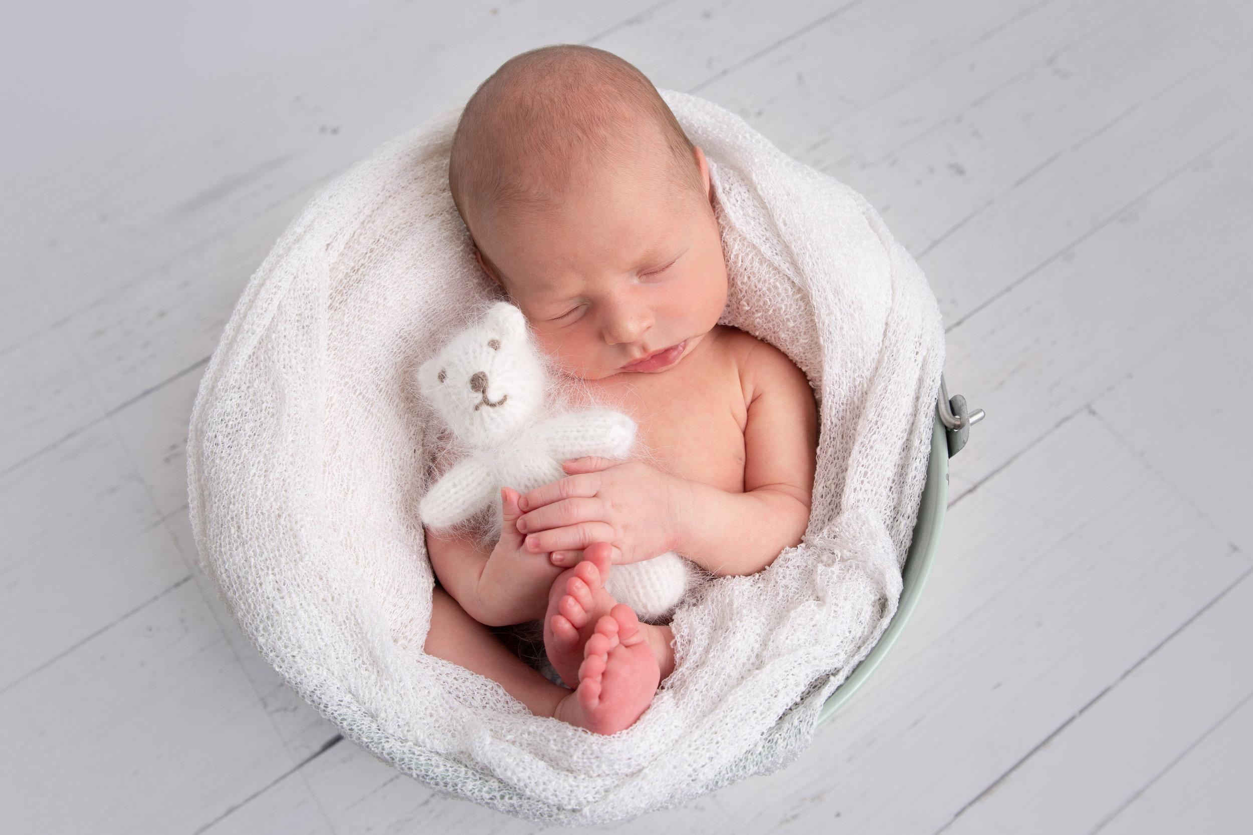 Ellis {Newborn!}-43.jpg