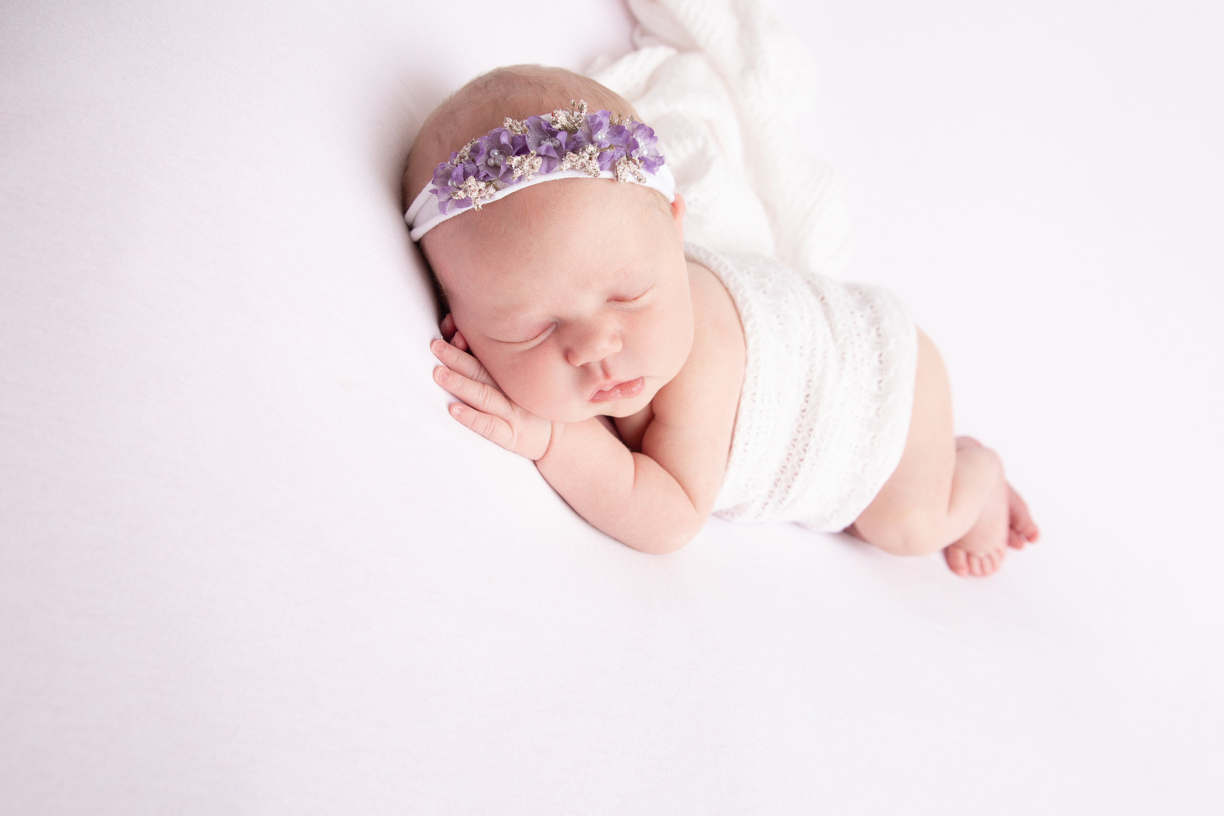 Everleigh {Newborn!}-61.jpg