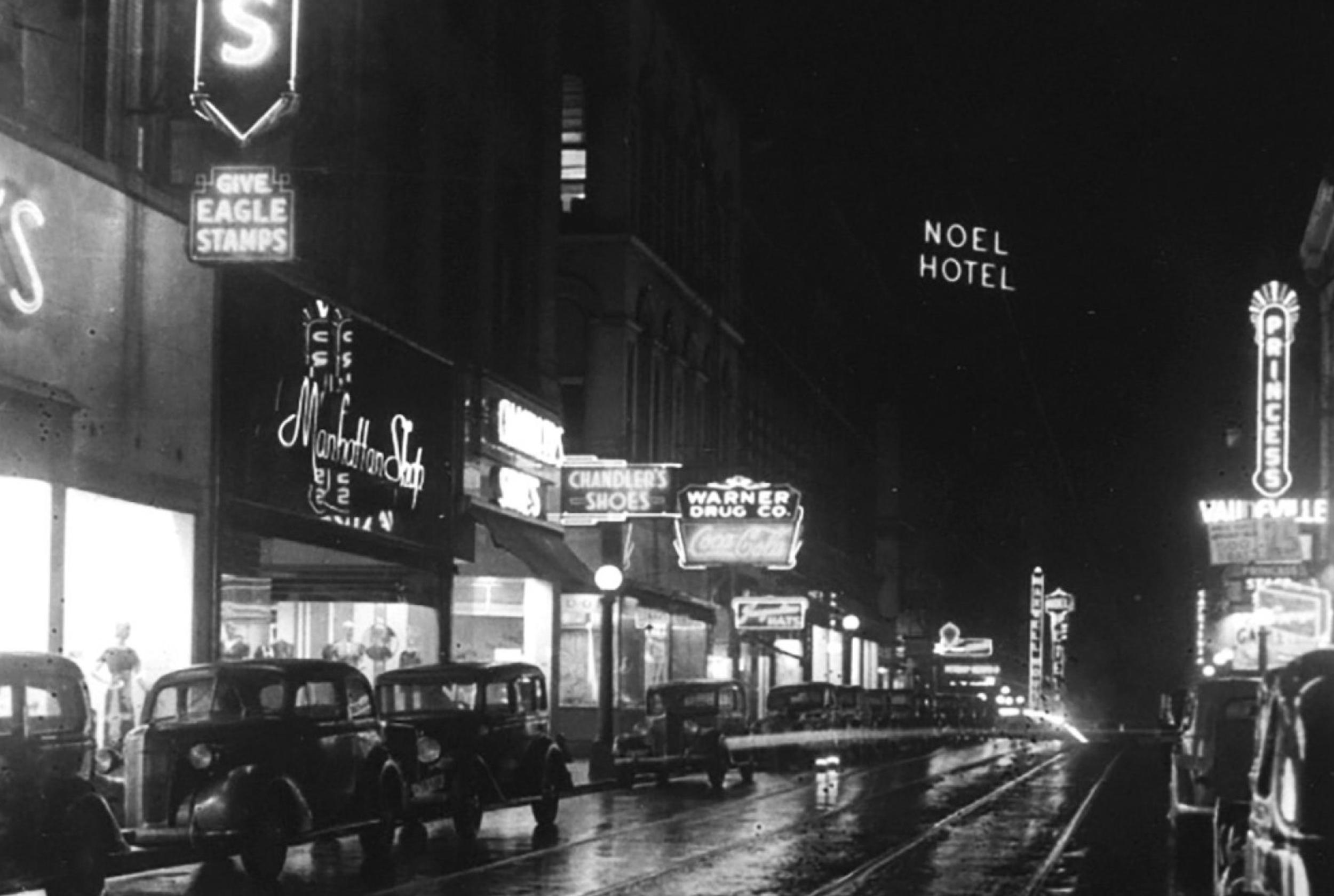 1937-Night-4th-toward-Church.jpg