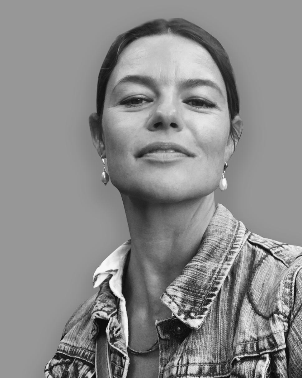 Margareta Jönsson - Partner Raw London /senior designer+44 7867 61 5531