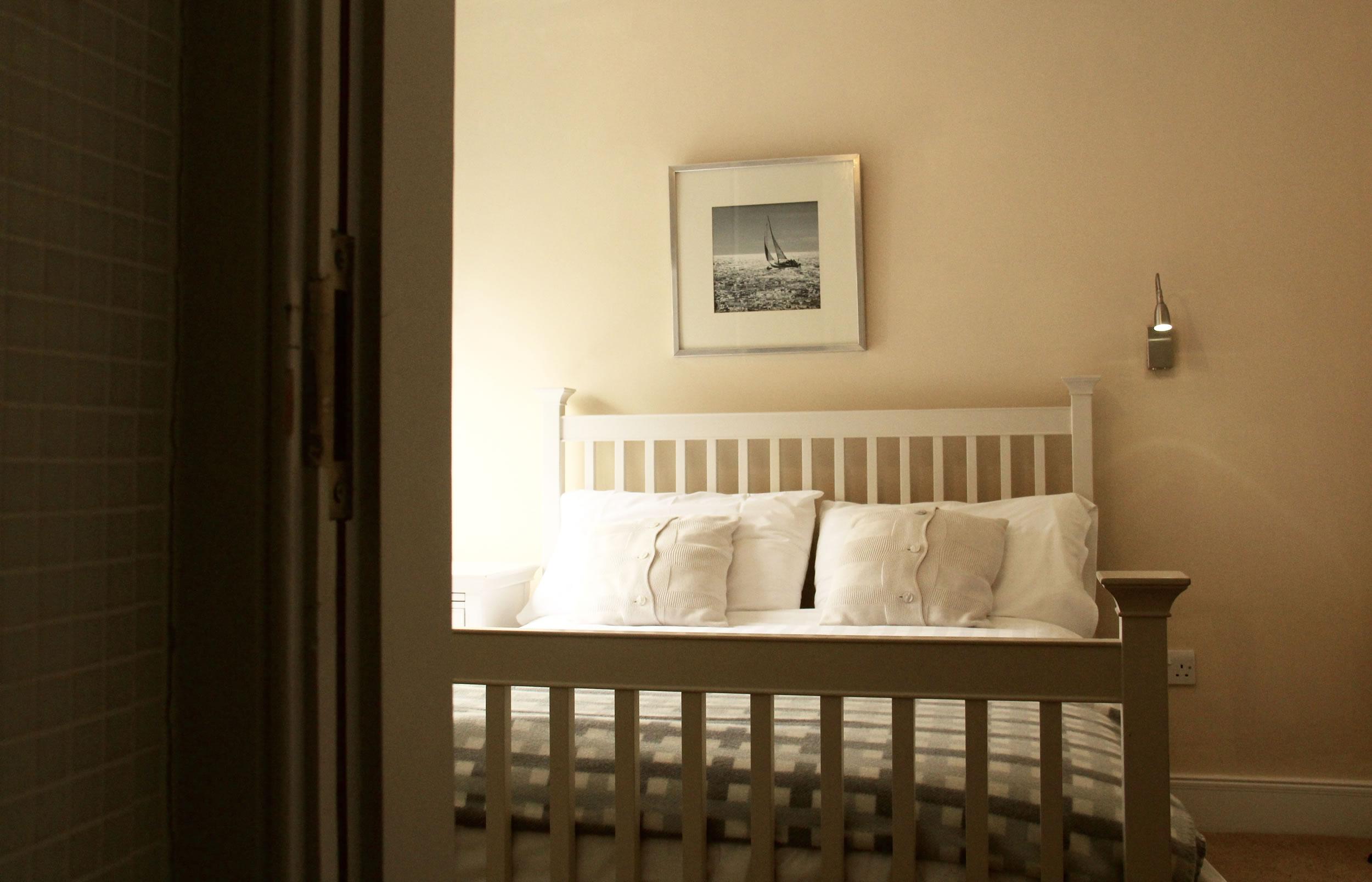 carnaween house room 12.jpg