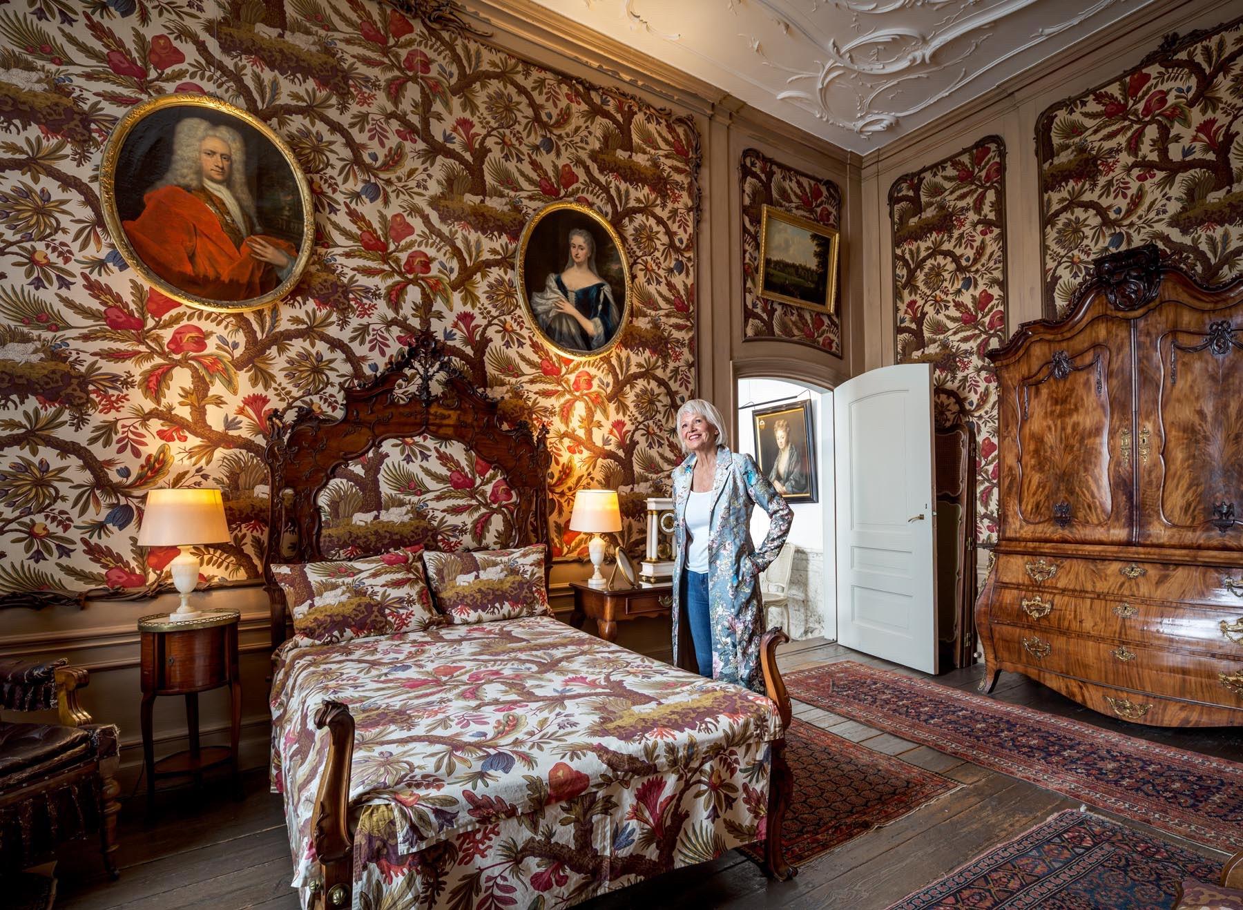 Visnapuu Amsterdam Sandra Museum van Loon Sheep Room 2crop.jpg