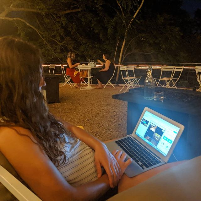 Just had to get out of the apartment. Hanging out by the river with my laptop drinking fabulous Tillery cocktails. Aaaaw, good stress release... #tillerykitchenandbar #tilleryatx  #outdoorlounge  #outdoorpatio  #outdoorrestaurant
