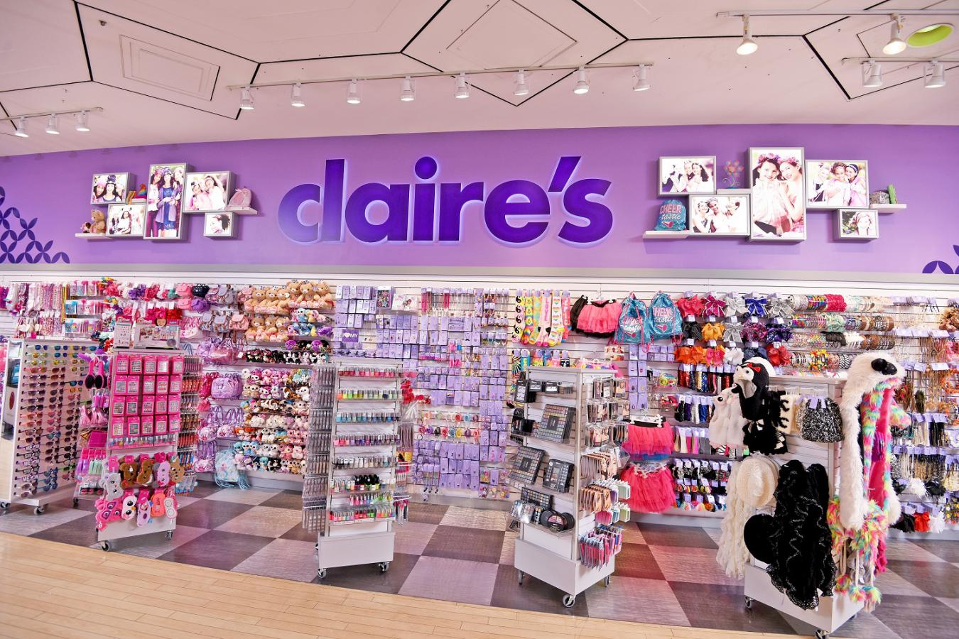 Make-up products sold by fashion accessory chain Claire's have been found to contain asbestos