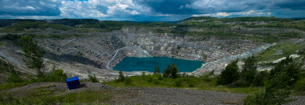 Panoramic view of the Jeffery mine, Asbestos, Quebec