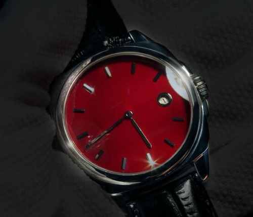 Angular Momentum Manu Propria Splendor Sangre Date watch