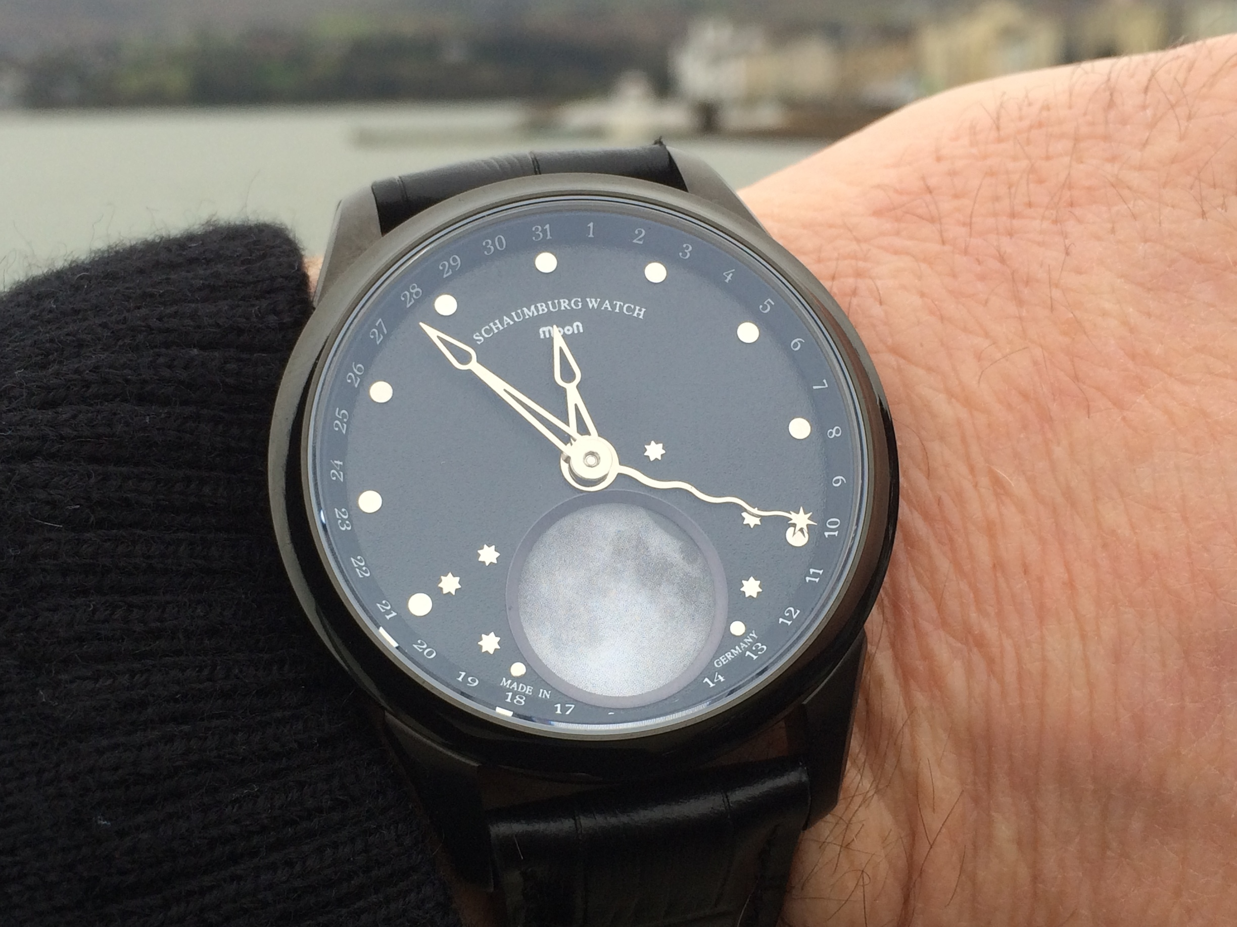 The Schaumburg Watch MooN Two in Black PVD