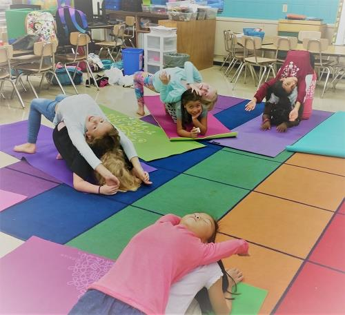 What To Expect In A Kids Yoga Class Shining Kids Yoga
