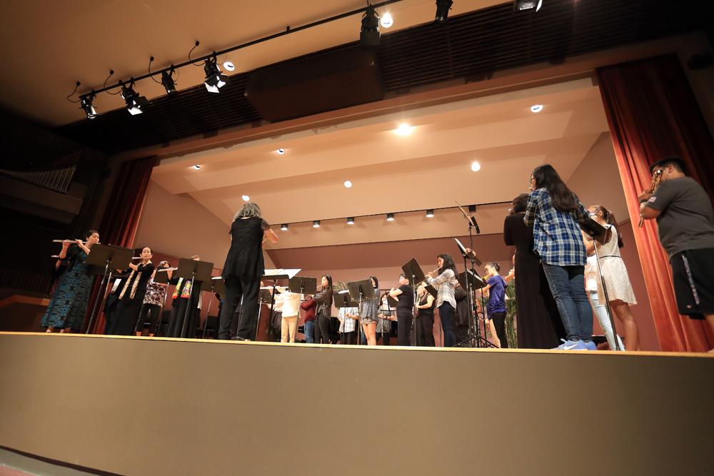 hawaii-flute-choir.jpg