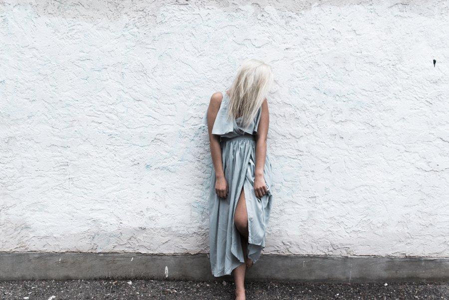 light-blue-wedding-dress-movement_0006.jpg