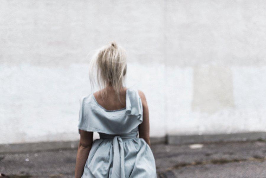 light-blue-wedding-dress-movement_0010.jpg