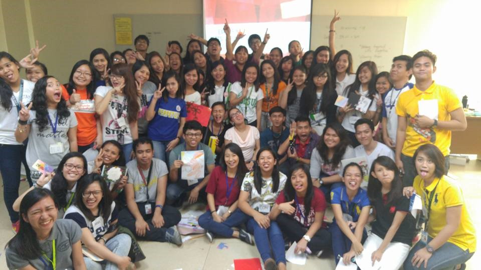 In photo: Co-facilitating a PAPJA workshop for Psychology majors on Expressive Arts in Therapy, January 2016.