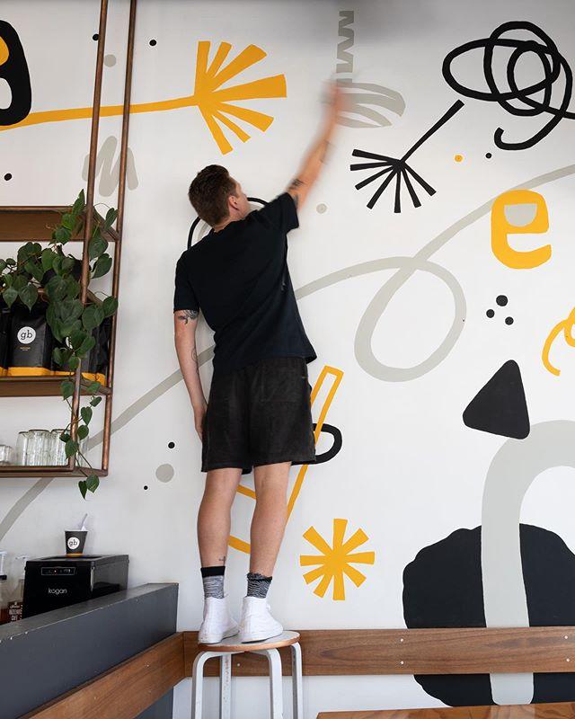 Fun weekend mural at @goodbeanhq Pulse in Birtinya 🎉 #mural #painting #sunshinecoast