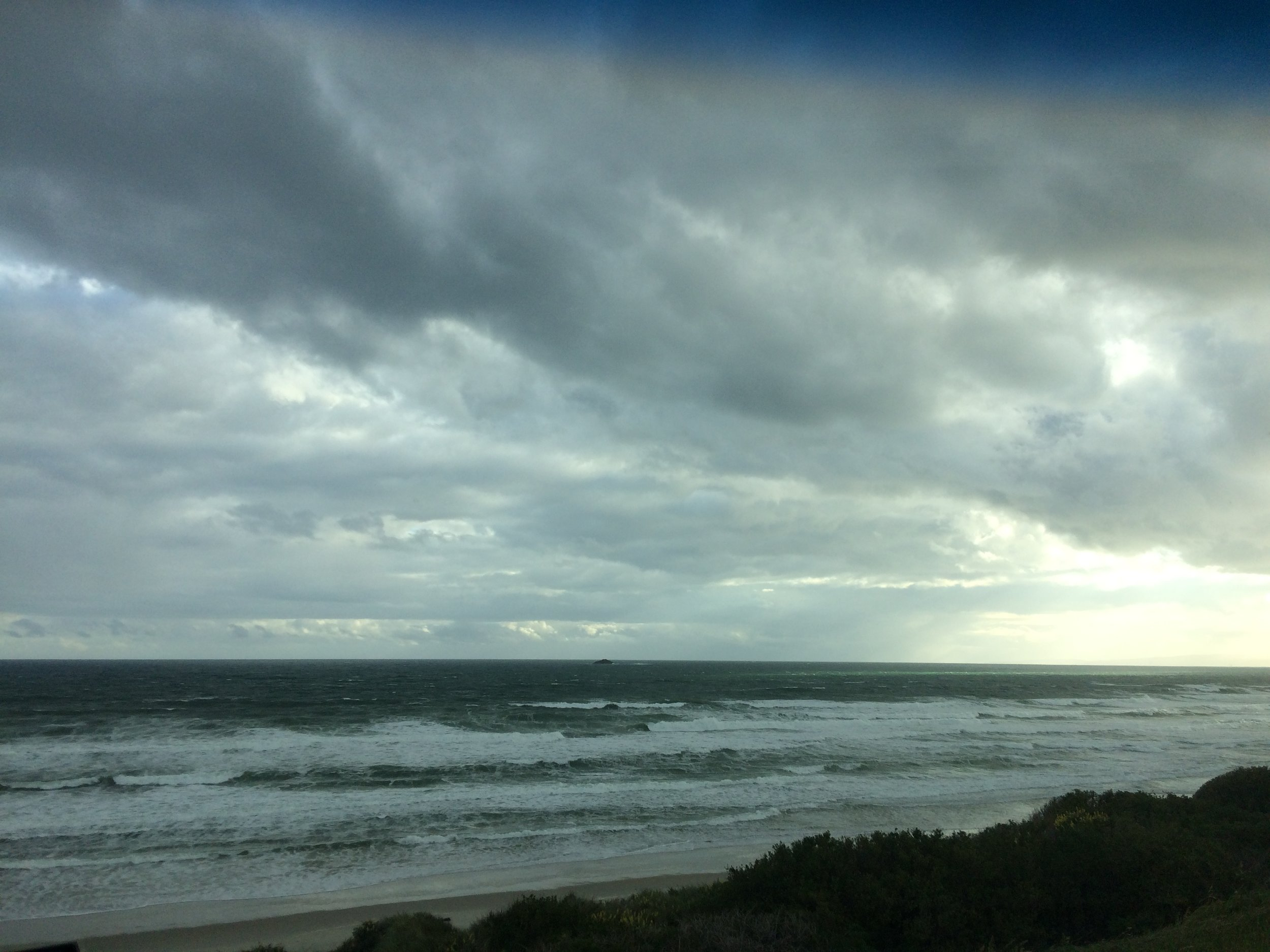 St Kilda Beach   ||  Photo: Nina Arnold