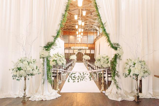 Jinda_Photography_Wedding_Herban_Feast_Sodo_Park_Wedding-12.jpg