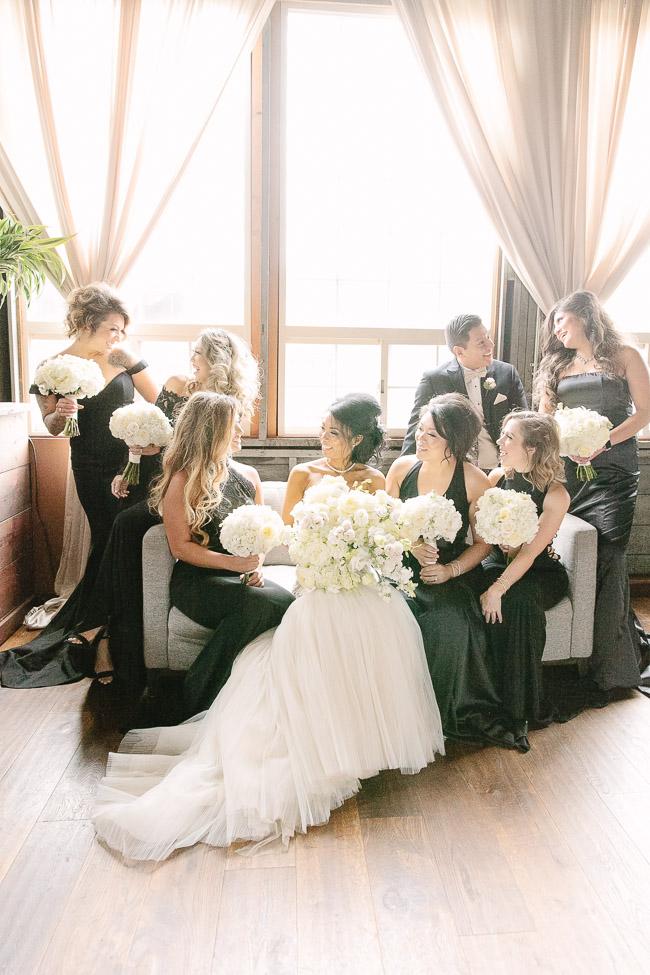 Jinda_Photography_Wedding_Herban_Feast_Sodo_Park_Wedding-35.jpg