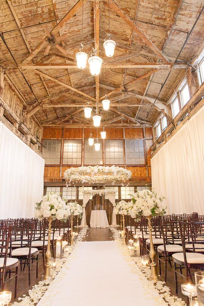 Jinda_Photography_Wedding_Herban_Feast_Sodo_Park_Wedding-47.jpg