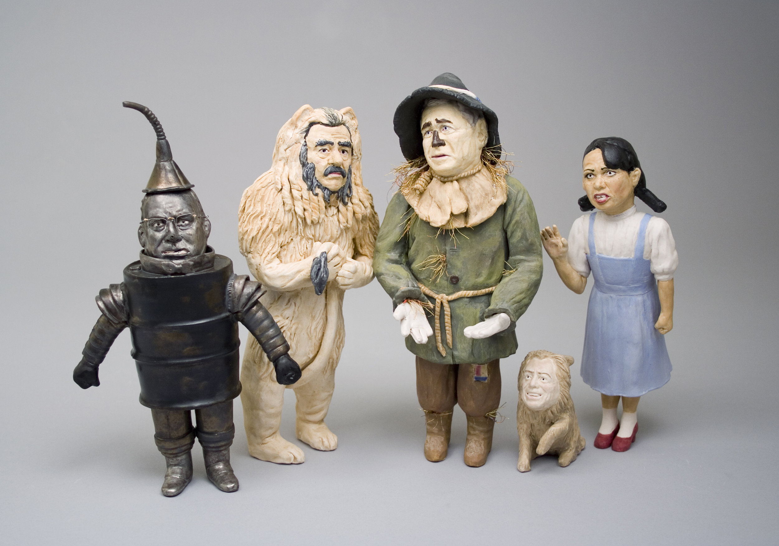 """Untitled (Wizard of Oz)    glazed Porcelain, wire, figures all <11"""" tall  2006"""
