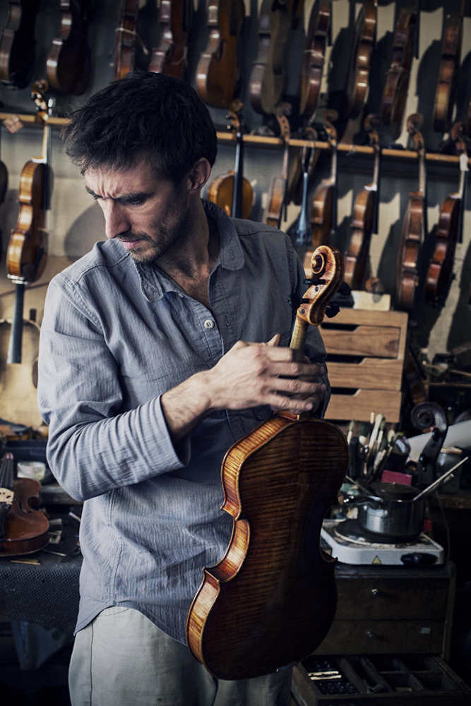 Martin - Luthier - Atelier Bernard Sabatier