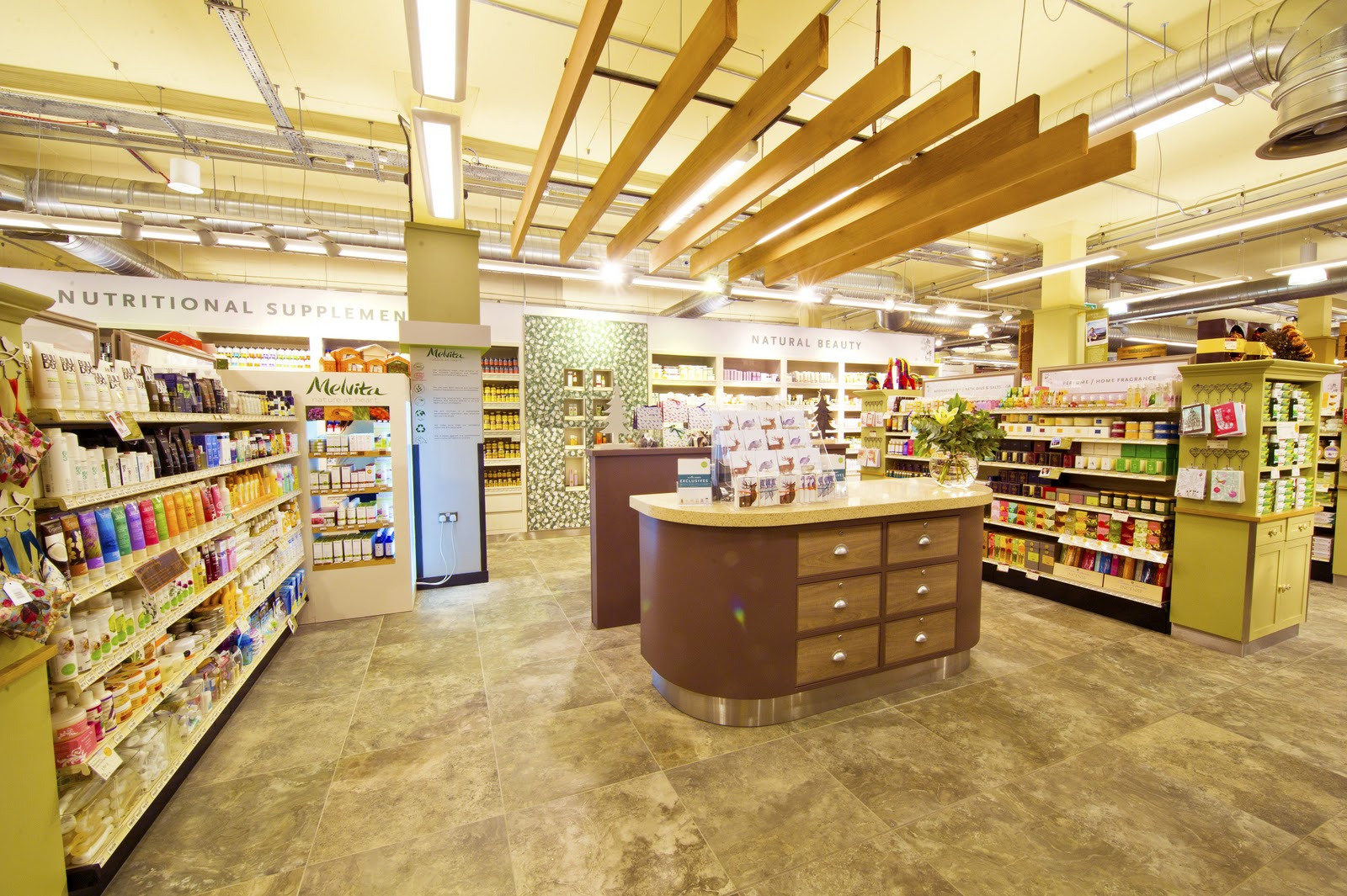 whole foods giffnock beauty department