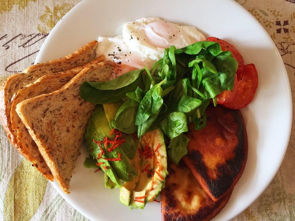 Veggie breakfast at Ocho