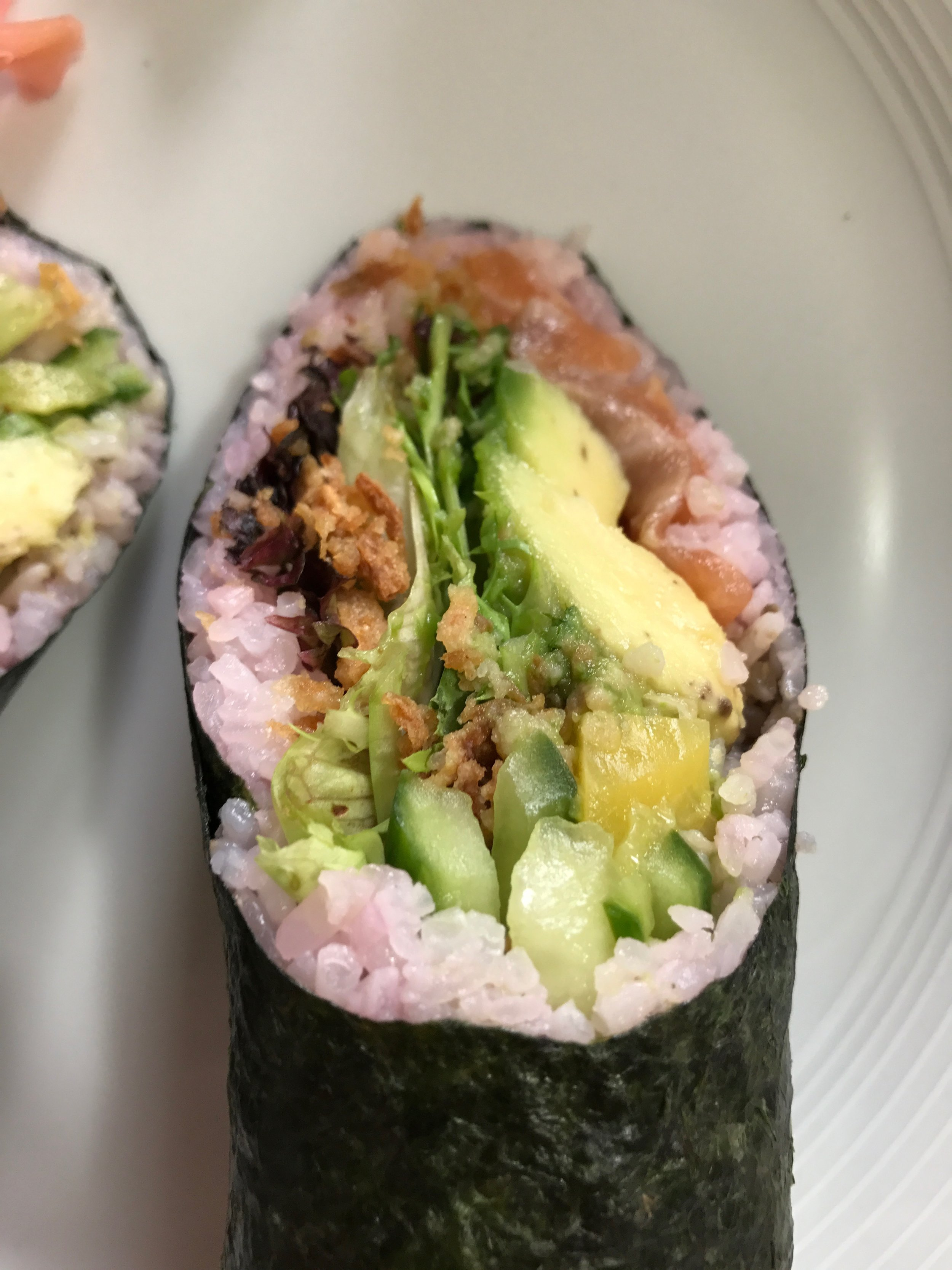 Sushi burrito temaki salmon avocado