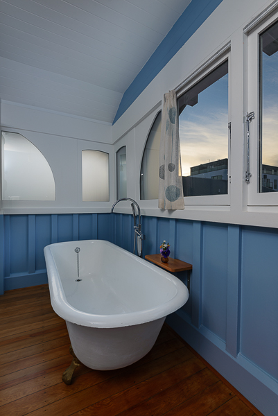 Oak Bathroom - Clawfoot Bath with curtains pulled.jpg