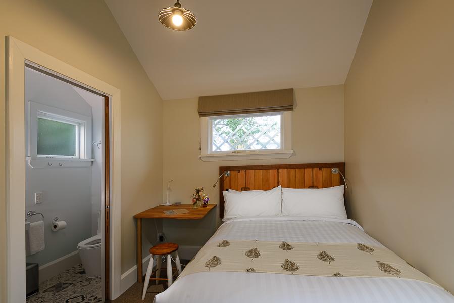 THE KAURI - COZY DOUBLE ROOM